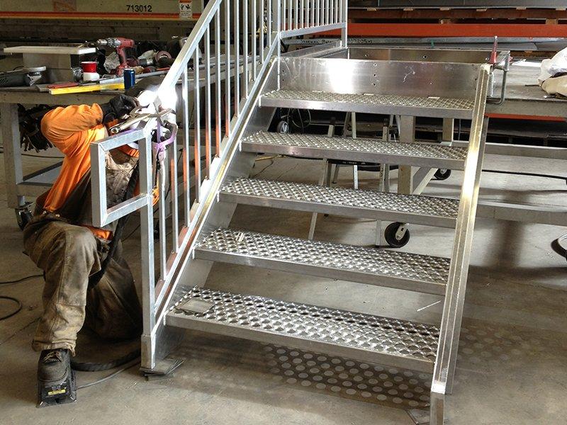 aluminum-stairs